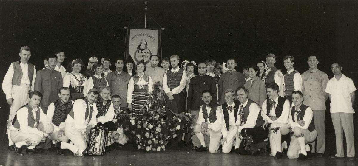 Gruppbild från dansuppvisningen.